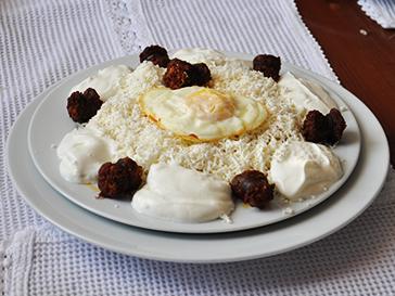 specialitati motesti in restaurant Vila Vank